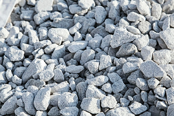 Quarries and Raw Materials for the Construction Industries