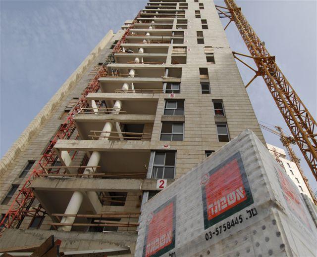 Ashbond Blocks in Construction Sites | Gypsum Blocks for Advanced